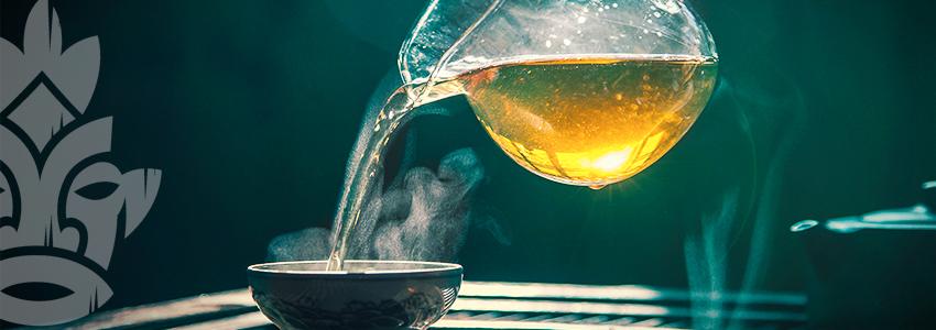 Bere Il Tè Di Kanna